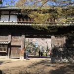 弘前城最初の門